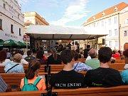 Na Třeboňském rynku zní rock, folk i pop.