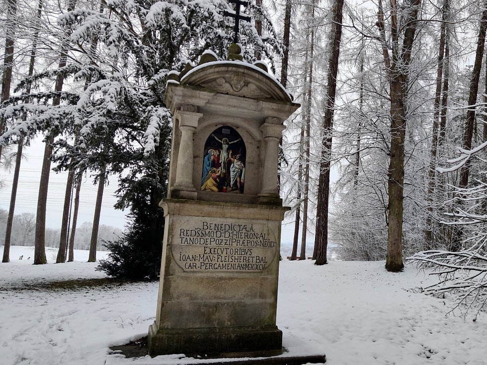 Křížová cesta ke kostelu svatého Jakuba v Jindřichově Hradci.