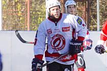 Obránce Olympu Martin Hunal rozhodl prvoligové jihočeské hokejbalové derby, v němž jeho tým porazil Prachatice 2:1 po nájezdech.
