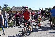 Přes pět stovek cyklistů i pěších se přišlo rozloučit s letošním jindřichohradeckým létem na akci Přes kopec na Hradec.