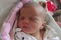 Barbora Ouporová se narodila 3. dubna Veronice a Karlu Ouporovým z Jindřichova Hradce. Měřila 45 centimetrů a vážila 2740 gramů.