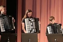 Jubilejní 10. Jindřichohradecká přehlídka akordeonových souborů a orchestrů se uskutečnila o víkendu v divadelním sále kulturního domu Střelnice.