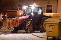 Jindřichohradecko zasypává sníh.
