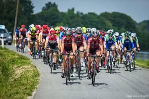 Druhá etapa RBB Tour zavedla cyklisty do Popelína a okolí.