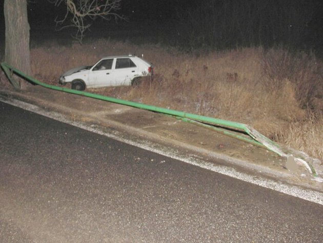 Dopravní nehoda u Lomnice nad Lužnicí.