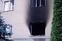 Plameny zničily už nejeden byt.