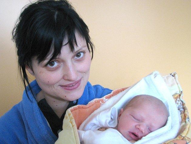 Kristýna Nečedová ze Strmilova se narodila 2. prosince 2012 Renatě Nečedové a Michalu Slukovi. Měřila 48 centimetrů a vážila 3180 gramů.