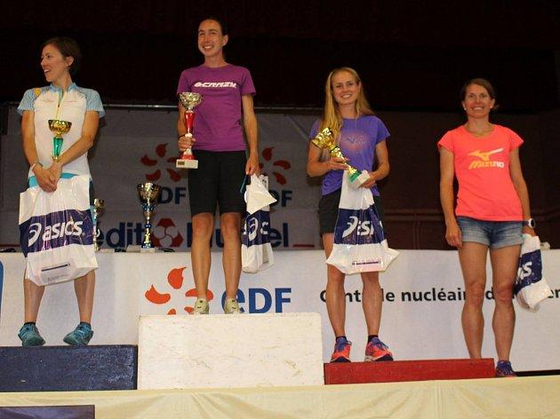 Nejúspěšnější běžkyně z Francie: (zleva) druhá Valentina Belottiová, vítězka Alice Gaggiová (obě Itálie), třetí Pavla Schorná a čtvrtá Kamila Gregorová.