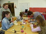 V Třeboni soutěžili mladí módní návrháři. Součástí programu byla i vystoupení studentů či workshopy.