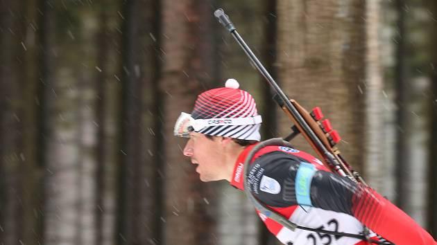 Luboš Schorný v úvodním kole Českého poháru vyhrál závod s hromadným startem a ve sprintu skončil druhý.