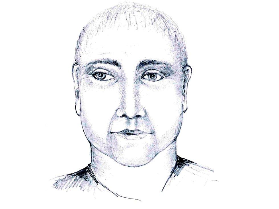 Policie zveřejnila portrét možného podvodníka, který v Dačicích  v Tyršově ulici 1. listopadu okradl seniorku. Nepoznáváte ho někdo? Foto: Policie ČR