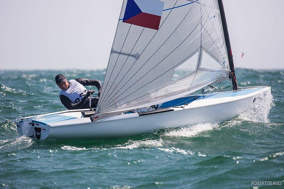Čeští jachtaři se připravují na novou sezonu v různých koutech Evropy.