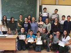 Děti z lomnické základní školy prožily týden plný angličtiny.