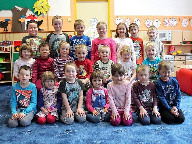 Děti vmateřské škole vPopelíně.