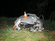 Pět zraněných, z toho čtyři těžká si vyžádala nehoda ve středu v noci u Jemčiny.