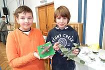 Výstava a soutěž plastikových modelářů v jindřichohradeckém domě dětí.