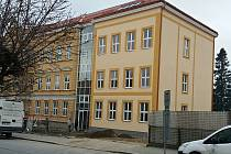 Základní škola v Komenského ulici se dočkala přístavby.