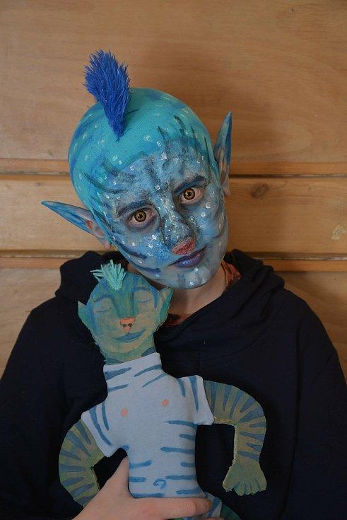 Masky do výtvarné soutěže vyrobil žák ZUŠ Třeboň, Matyas Řeřicha.