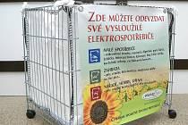 Do takto označených nádob lze ukládat elektroodpad.