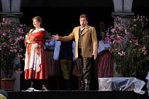Opera Prodaná nevěsta, třetí zámecké nádvoří v Jindřichově Hradci.