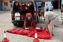 Nové speciální policejní vozidlo na zdolávání přírodních a průmyslových katastrof.