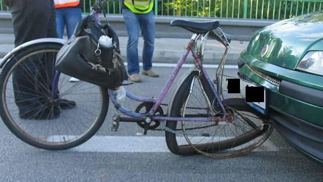 Tragický střet cyklisty s autem u Třeboně.