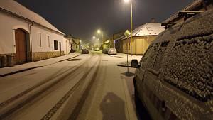 Jižní Čechy zasypal sníh