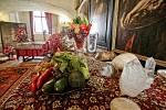 Třeboňské amarylis letos zdobí zámek po vzoru dvorního umlěce Arcimolda.