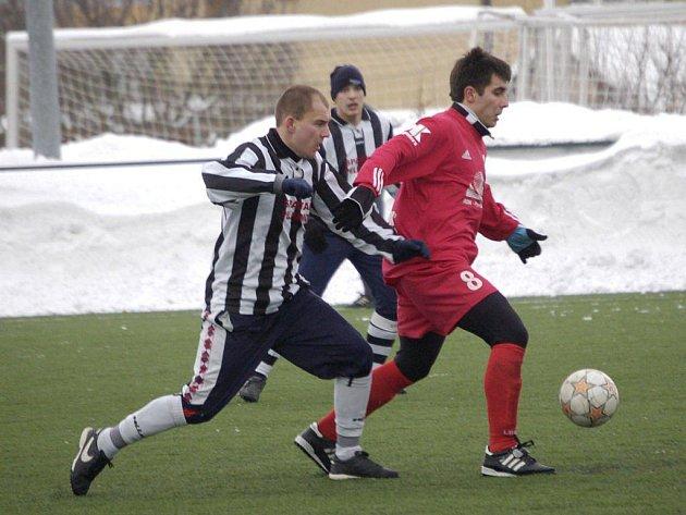 Vítězně začali zimní přípravu fotbalisté Pelhřimova. Silné Pardubice porazili 3:1.