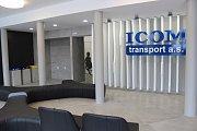 Opravená administrativní budova ICOM transport v Humpolci. Hala nového autobusového nádraží.