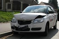 Středeční nehoda při které se srazila dvě osobní vozidla - škoda Octavia a škoda Fabia, se stala okolo 13. hodiny na okraji Pacova. A to  na proti hasičské stanici. Škoda 70 tisíc korun.