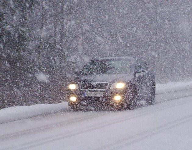 Sněhové vánice komplikují provoz i na Pelhřimovsku