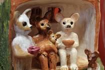 V muzeu rekordů jsou k vidění jak miniaturní betlémy, tak nový přírůstek: psí betlém.