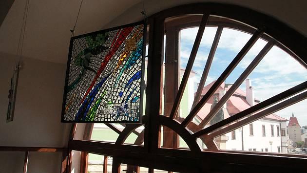 Výstavu Současná česká mozaika v Muzeu Vysočiny Pelhřimov završí workshop a konference.