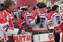 Fanoušci na náměstí podporovali pelhřimovský hokej.