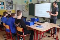 Na základní škole Osvobození v Pelhřimově zahájili experimentální workshopy.