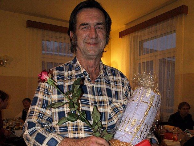Dlouholetý dárce krve si letos vysloužil Zlatý kříž, ocenění za rovných osmdesát odběrů