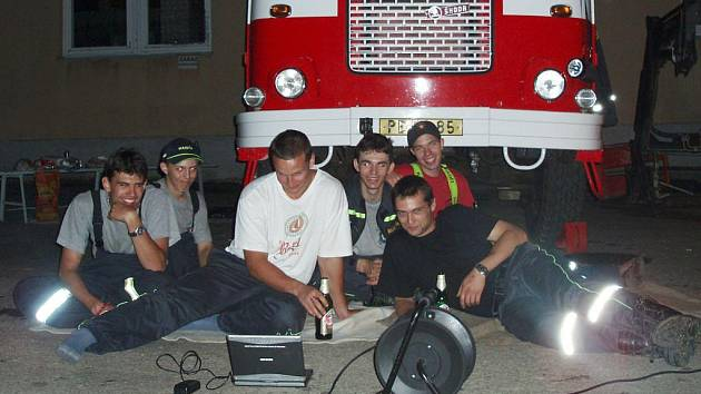 I humpolecký sbor dobrovolných hasičů má právo na odpočinek. Za celý rok mají dostatek práce, které rozhodně neubývá, ba naopak.