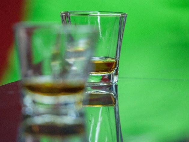 Před koncem školního roku se neobjevil žádný opilý školák. Ředitelé škol ujišťují, že mají děti pod kontrolou.