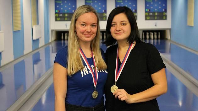Žirovnický Slavoj má dvě krajské přebornice. Dorostenku Barboru Švédovou a juniorku Anetu Kusiovou (vpravo).