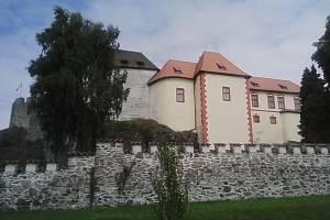 36. Majestátní stavba