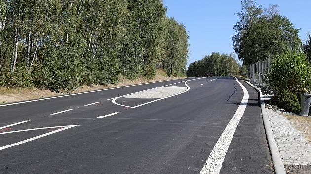 Nová silnice za Olešnou.