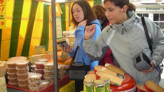 Mezi tolika sýry nebylo pro studenty pelhřimovského gymnázia snadné si vybrat.