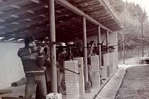 Závěrečná disciplína polohového závodu v květnu 1979, střelba vestoje.