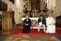Nedělní bohoslužba v pelhřimovském kostele svatého Bartoloměje spojila duchovní čtyř církví.