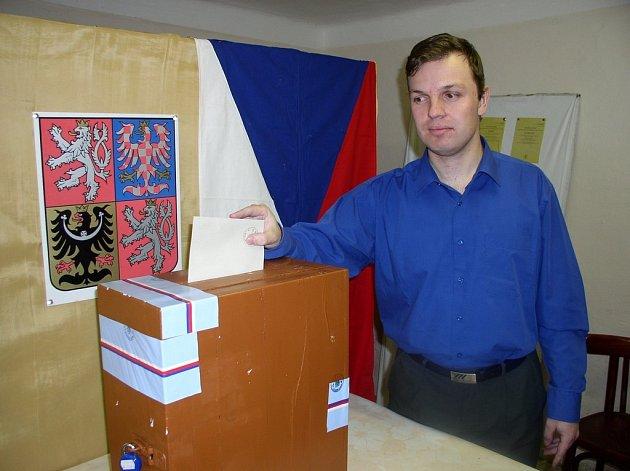 Druhé kolo Senátních voleb se koná v pátek a v sobotu i na Pelhřimovsku