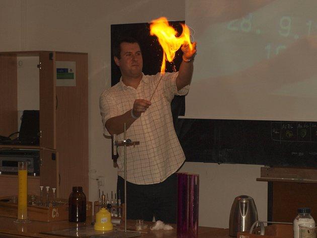 Noc vědců na pelhřimovském gymnáziu