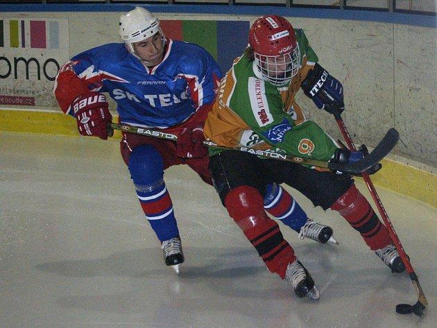 I přes utrápenou výhru nad poslední Horní Cerekví kráčí Spartak Pelhřimov B za titulem okresního přeborníka. Čtyři kola před koncem má na druhou Ledeč náskok devíti bodů.