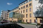 Hlavní lůžková budova Nemocnice Pelhřimov.
