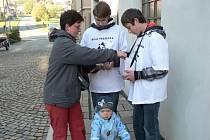 Studenti v Pacově vybírali peníze na dobrou věc.